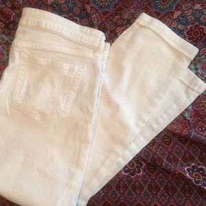 White GAP Boyfriend Cropped Jeans